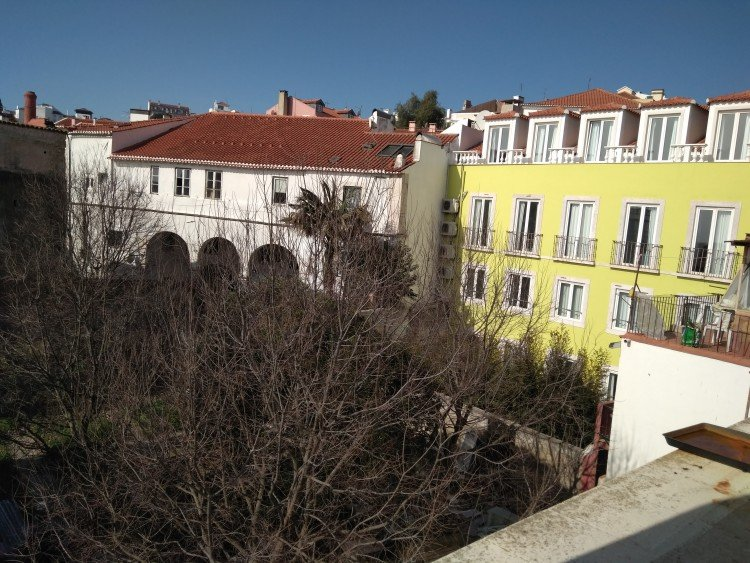6000 Sqm Building for sale in Lisbon, Portugal