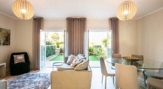 Completely furnished Lisbon house for sale