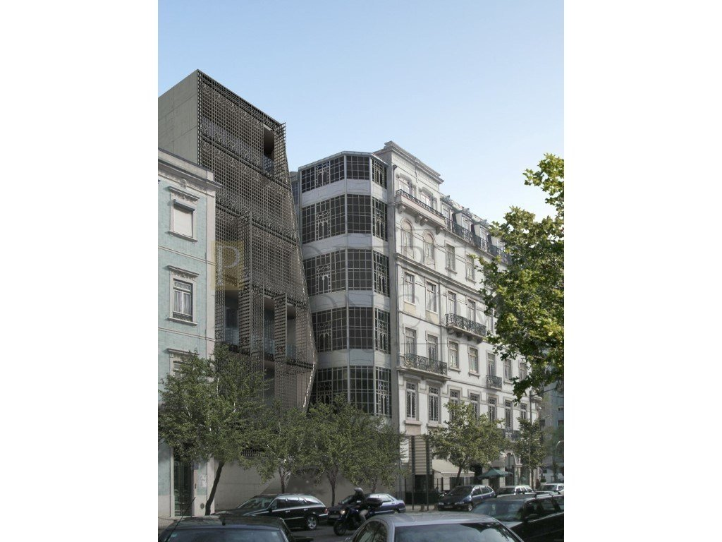 Completed, Luxury character apartments Avenidas novas with parking in Lisbon