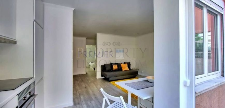LAPA: Renovated 1-bedroom huge private patio and garden