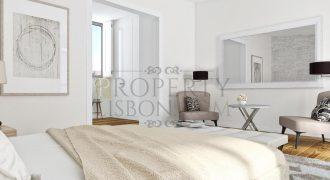 Lisbon Luxury Character renovation in Business district with parking space (from 655,000)