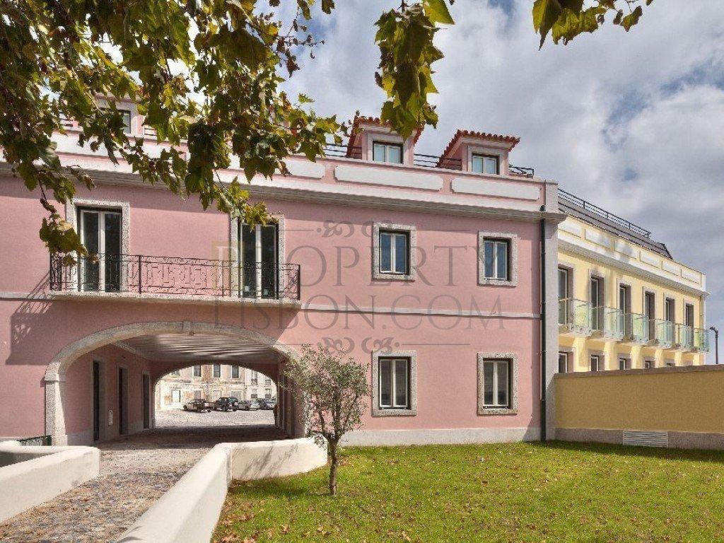Restelo Luxury Garden character homes
