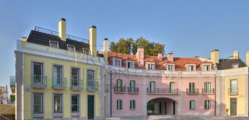 Restelo Luxury Garden character homes Lisbon Portugal