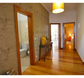 SÉ – Sunny Apartment with Incredible River Views – 3 Bed – 3rd floor with elevator