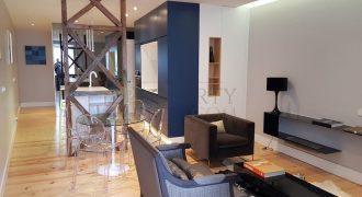 Santa Catarina: Stunning renovation with river views & Balcony High quality finish at a great price
