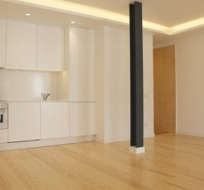 2 Bed Apartment for sale in Lisbon