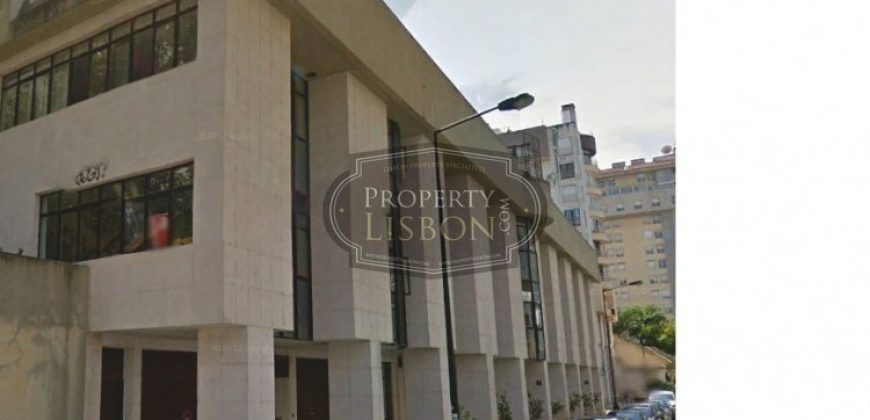 Commercial Property in Lisbon, Portugal for sale
