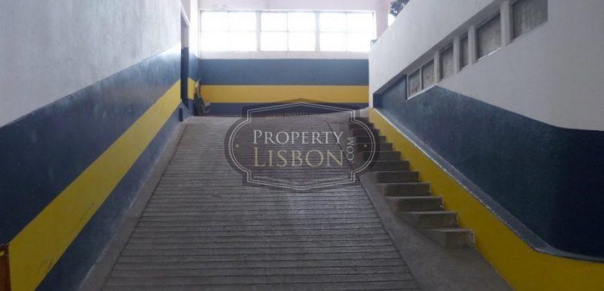 Lisbon Commercial Property for sale