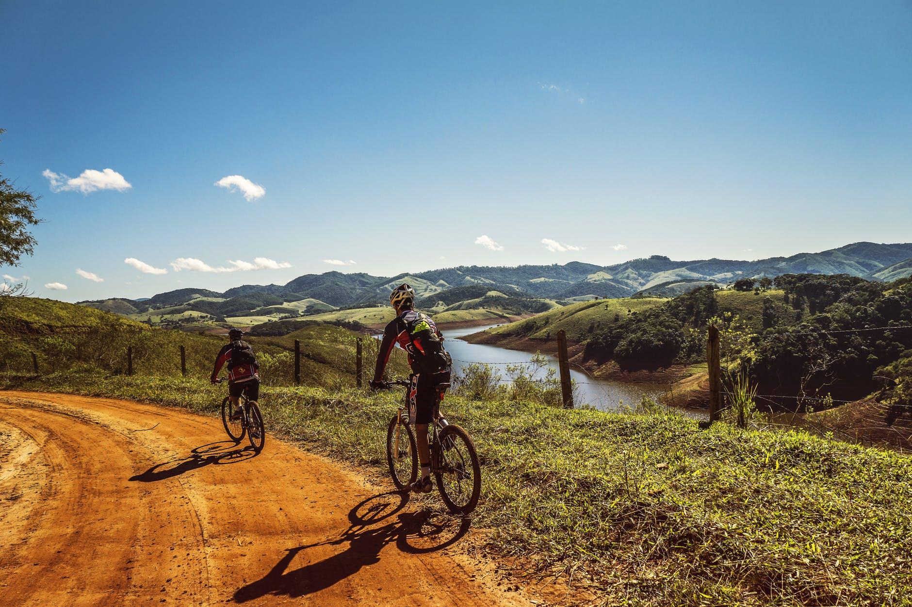 Ressources pour le mode de vie portugais - Faire du vélo - Trouver la bonne agence de tourisme ou le bon guide touristique