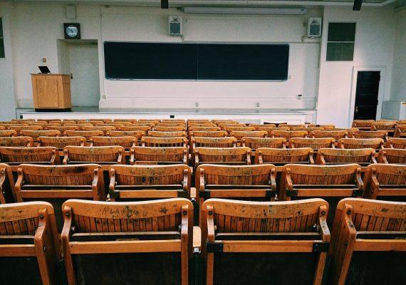 Vivendo em Portugal – Educação Info sobre regulamentos educacionais em Portugal