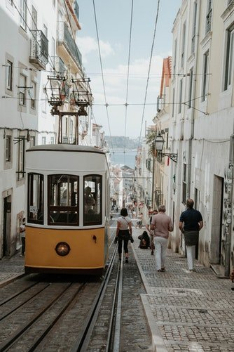 Transportes em Portugal – Autocarros e Comboios