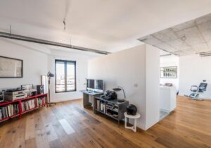 2 -Bed Apartment for sale in Lisbon, Portugal