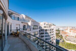 2 Bed Apartment for sale in Lisbon-, Portugal