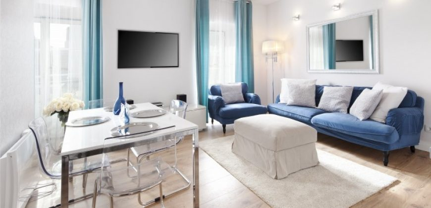 Trendy 2 bedroom apartments in Lisbon just renovated near principe real