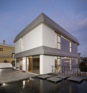 5 Bed Villa- for sale in Lisbon, Portugal