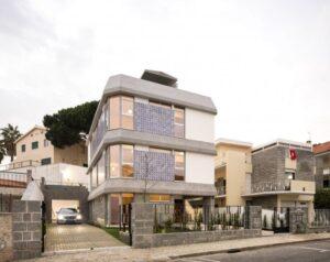 5- Bed Villa for sale in Lisbon, Portugal
