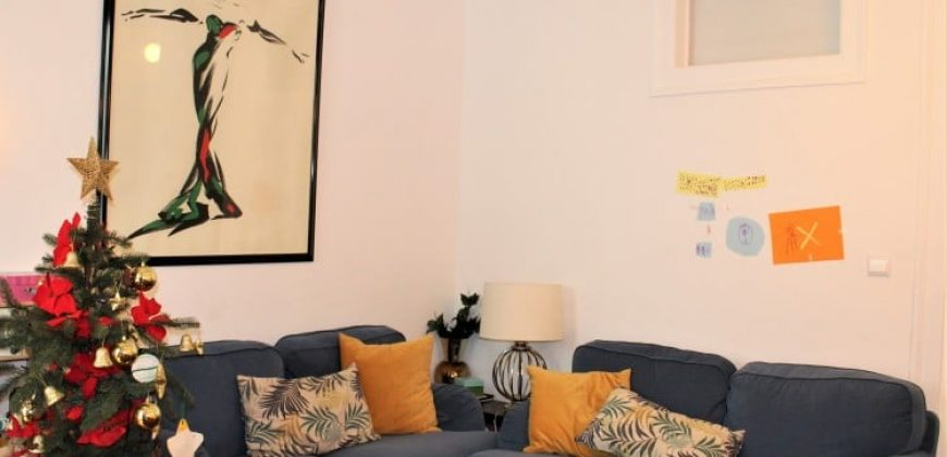 Apartment with 2 beds on sale in Lisbon, Portugal