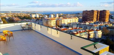 Apartment with 3 Bedrooms for sale in Oeiras, Portugal