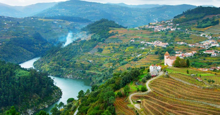 Introduction to -the Tours Along the Douro River in Portugal