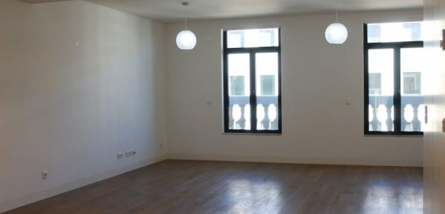 Lisbon, Portugal apartment with 2 Bedrooms on sale