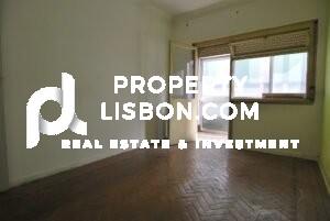 renovation projects lisbon portugal