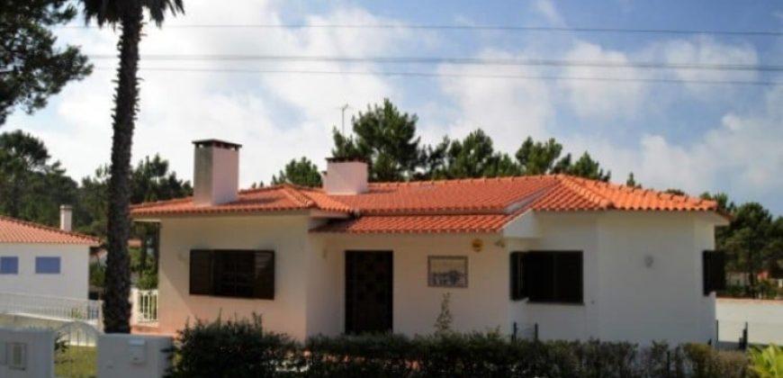 4 Bed Villa for sale in Óbidos, Portugal