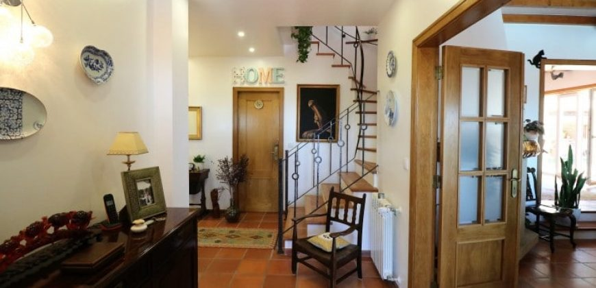 4 Bed Villa for sale in Sintra, Portugal