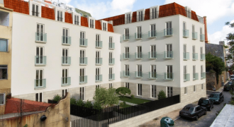 3 Bed Building in  Lisbon – 690000€