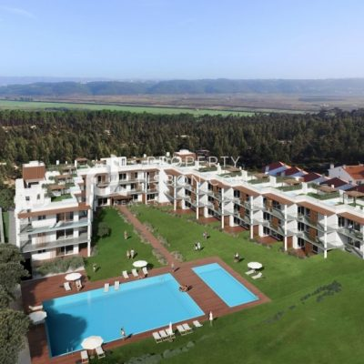 2 Bed Building for sale in Nazaré, Portugal