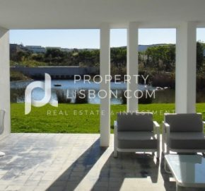 2 Bed TownHouse for sale in Óbidos, Portugal