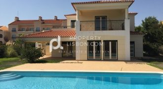 4 Bed Villa for sale in Torres Vedras, Portugal