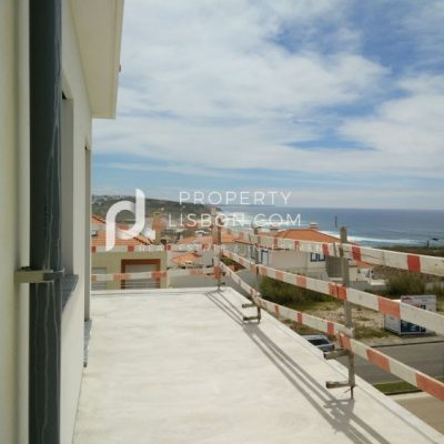 3 Bed Apartment for sale in Lourinhã, Portugal