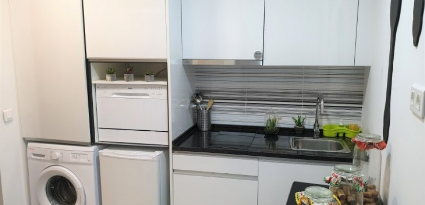 1 Bed Apartment for a great price under 200k for sale in Lisbon, Portugal