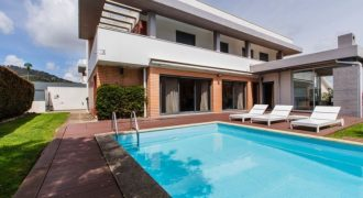 5 Bed Villa for sale in Sintra, Portugal