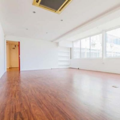 Office 114 m2, in Marquês de Pombal Area.