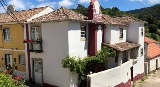 3 Bed Villa for sale in Lisbon, Portugal