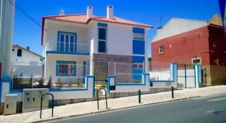7 Bed Villa for sale in Cascais, Portugal
