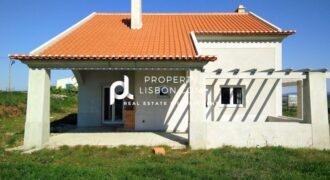 3 Bed TownHouse in Lourinhã Silver Coast – 255000€