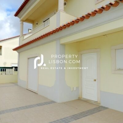 4 Bed TownHouse in Peniche Silver Coast – 230000€