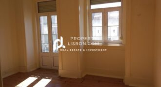 7 Bed Apartment for renovation and for 350,000 Golden visa