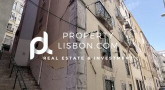 13 Bed Building in Lisbon City Rossio  – 1980000€