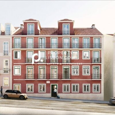 New renovated 2 bed for the 350,000 Golden Visa Lisbon Portugal