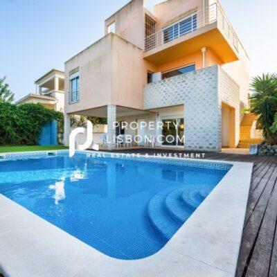 4 Bed TownHouse in Portimão Algarve – 515000€