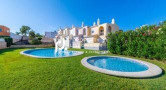 2 Bed Apartment in Lagos Algarve – 285000€
