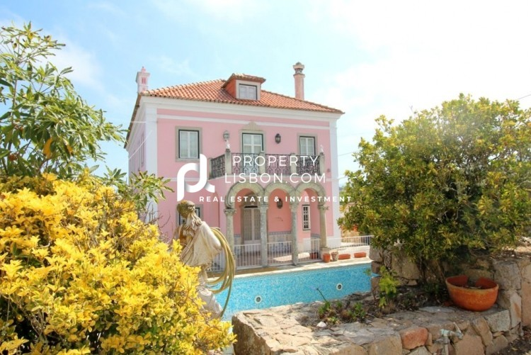 Main Photo of a 17 bedroom  Villa for sale