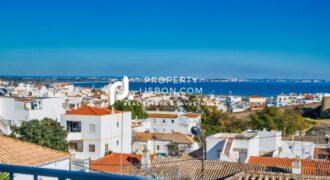2 Bed Apartment in Lagos Algarve – 280000€
