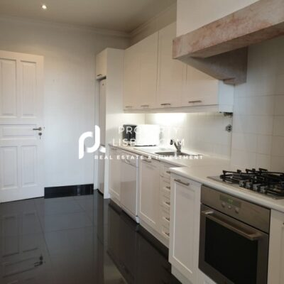 125 m2 apartment offers two bedrooms and two bathrooms, a generous living area  – 499000€