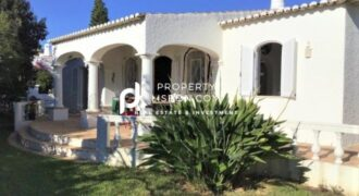 3 Bed TownHouse in Praia da Luz Algarve – 540000€