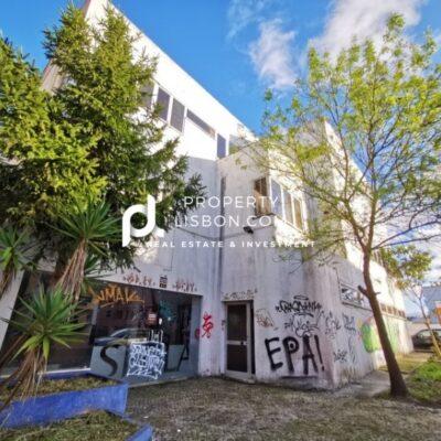 Emblematic building located in the center of Caldas da Rainha – 1270000€