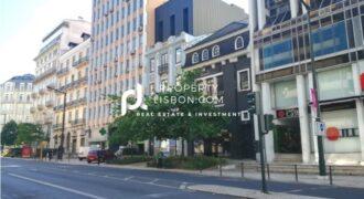 Prime Lisbon Building for sale Marques de Pombal round about- 5000000€